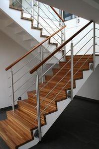 Concept 3000 - Escalera con tramo curvo
