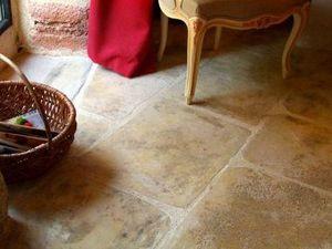 Rouviere Collection -  - Baldosa De Piedra Natural