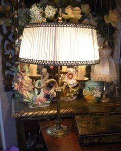 Art & Antiques - lampe bouillotte 3 feux - Lámpara Con Pantalla