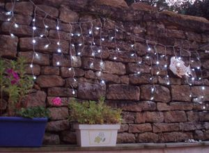 FEERIE SOLAIRE - guirlande solaire rideau 80 leds blanches 3m80 - Guirnalda Luminosa