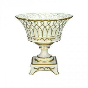 Demeure et Jardin - coupe en porcelaine socle ajouree blanche et or - Copa Decorativa
