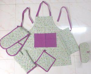 ITI  - Indian Textile Innovation - small flowers - green - Delantal De Cocina