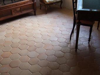 Ceramiques du Beaujolais - hexagonale - Suelo De Terracota Antigua