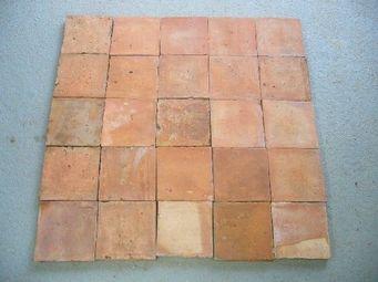 antiquites materiaux anciens deco de jardins - terre cuite triée 16x16 - Suelo De Terracota Antigua