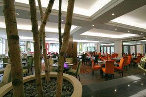 Tfl International - cheltenham park hotel restaurant - Idea: Restaurante De Hotel