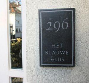 La Pierre - board 3 - Placa Nombre Casa