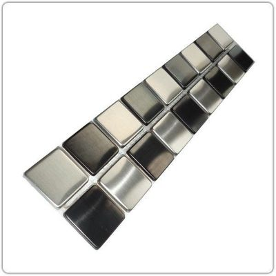 TOOSHOPPING - Azulejos de mosaico para pared-TOOSHOPPING-Crédence Carrelage inox Frise Inox damier
