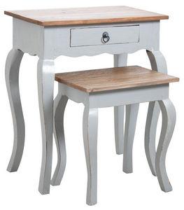 Aubry-Gaspard - tables gigognes en bois gris antique - Tavolini Sovrapponibili