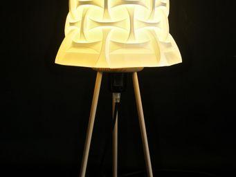 ARTURASS - tripode tetra - Lampada Da Terra Treppiede