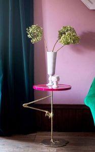 MATTHEW WILLIAMSON - flamingo pink wine table - Tavolino Rotondo