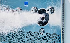 Uwe France - bambo 2 - Nuoto Contro Corrente