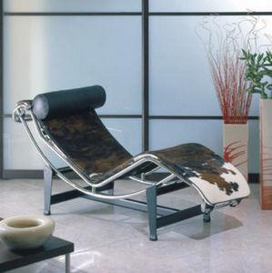 Classic Design Italia - c06 - Chaise Longue
