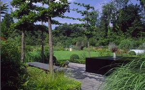 Sturgeon  Andy Garden Design - surrey - Giardino All'inglese
