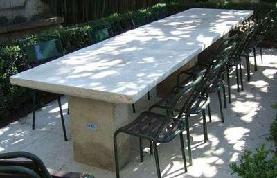 Atelier Alain Edouard Bidal - Tavolo da giardino-Atelier Alain Edouard Bidal-Table rectangulaire ou  ronde